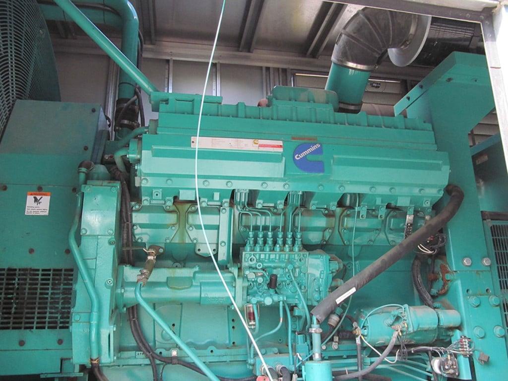 1999 CUMMINS 750 KW